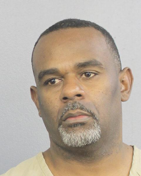 WILLIE ROGER WHITE Mugshot / South Florida Arrests / Broward County Florida Arrests